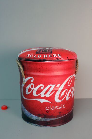 Retro Pall Coke