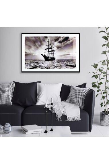 Tavla i Glas Sailboat